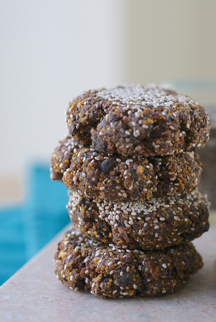 Fig & Chia Raw Vegan Cookies