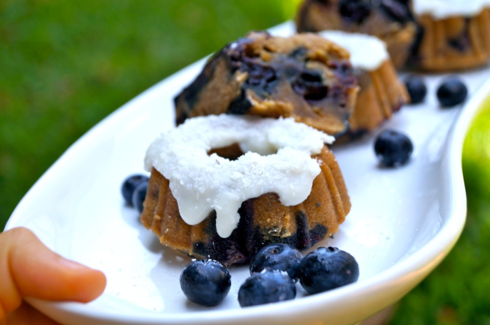 {blueberries might not be red, but even though they're blue, I couldn't leave these out, because donuts I love you}